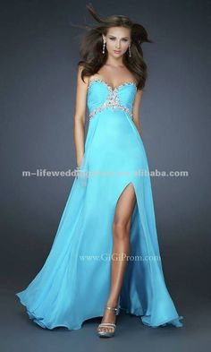 vestidos de graduación cortos azul turquesa.