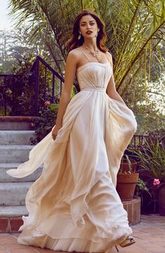 Gorgeous goddess gown