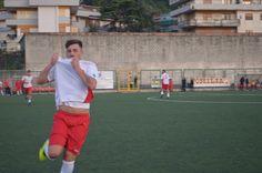 Prima tifoso e poi calciatore: Simonetti bacia la maglia del Campania Ponticelli (Promozione)