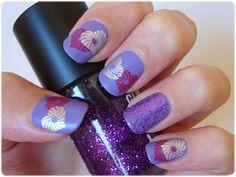 #retocolorescosasdechicas #morado Nail art violet with stamping Pueen hearts love glitter // Uñas manicura violeta lila morado corazones placas de estampación #nailart #love #pueen