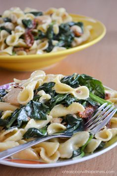 Pasta w/ Chicken, Sun-Dried Tomatoes and Spinach in a Creamy Mascarpone Sauce...oh my :)