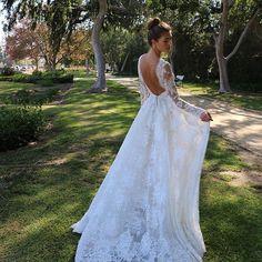 LA Daze #weddingwednesday #moniquelhuillier #mlbride #mlspring18bridal #wedding #la