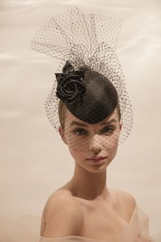 Philip Treacy,spring-summer 2019,fashion,HAT Race Day Hats, Philip Treacy Hats, Millinery Hats, Pillbox Hat, Fendi, Mad Hatter Hats, Royal Clothing, Cocktail Hat, Kentucky Derby Hats