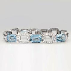 Art Deco 28.74ct t.w. Drop Dead Gorgeous 1930's Aquamarine & Diamond Bracelet Platinum | Antique & Estate Jewelry | Jewelry Finds