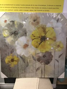 Print on canvas. Flowers in soft yellow, white and grey colors. Motif Floral, Flower Wall, Yellow Flowers, Decoration, Canvas Prints, Painting, Wall Art, Color, Toile