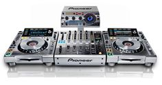 NAMM 2013: Pioneer limited edition Platinum series