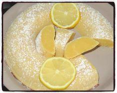 #fondant#citron Temps de préparation : 10 minutesTemps de cuisson : 25 minutes Ingrédients : * 150g de farine* 4 œufs* 100g de sucre* 100g de chocolat blanc* 10cl de jus de citron* 80g de beurre Préparation : 1/ Faire fondre le beurre et le chocolat blanc....