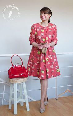 50s/60s style swing coat: made by me Pattern: #104/106, Burda 9/2007 Fabric: Cottonbee Shoes:  SCA'VIOLA Gloves: T.Kowalski/Ko-Moda Bag: Baron 50s glass clip earrings: Allegro