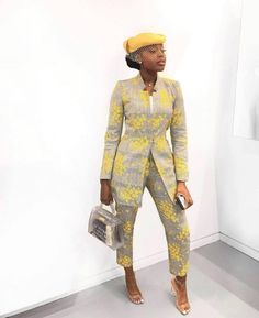 African Fashion Style 2019 : Beautiful collection of Ankara Aso Ebi To Wow This Season African Attire, African Wear, African Women, African Dress, African Print Clothing, African Print Fashion, African Fashion Dresses, Latest African Styles, Look Fashion