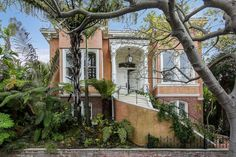Iconic Potrero Hill home, revamped by 1980s designer, asks $3.4 million - Curbed SF