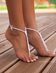 These barefoot sandals are made with soft cotton yarn with the sparkle rhinestone Starfish touch and with Nautical knot on the center. Perfect accessory for your beach wedding! <The price is for a PAIR> Please leave me a note during the checkout if you have a special request for your feet size or if you wish them for your flower girl and I will make them to fit.