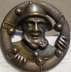 "ButtonArtMuseum.com - 1940s Vintage French Metal""REALISTIC LIFESAVER/SEA-CAPTAIN""picture button~1 1/4"""