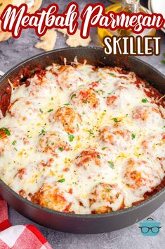 Easy, cheesy, saucy and delicious, this Meatball Parmesan Skillet is a great meal for any night of the week that will satisfy the whole family! Beef Dishes, Pasta Dishes, Food Dishes, Main Dishes, Italian Dishes, Italian Recipes, Italian Meals, Casserole Dishes, Casserole Recipes