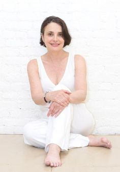 Information and biography of Julie Tupler, RN, creator of Diastasis Rehab, and inventor of the Tupler Technique® Mummy Tummy, Diastasis Recti, Certified Personal Trainer, Muscle Tone, Dr Oz, Workout Programs, Health And Beauty, Pregnancy, Track