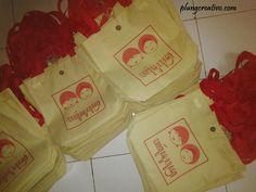 Souvenir totbag Yogyakarta berkualitas dan murah #souvenirjogja #souvenirnikahan more info: http://plungcreativo.com