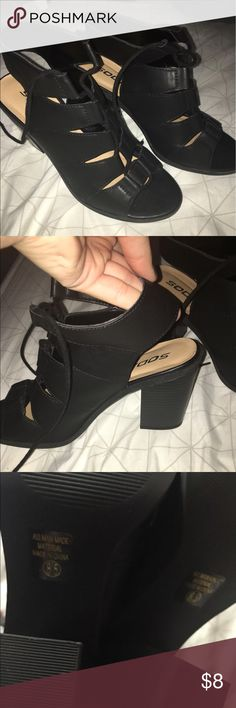 Black 2 inch heels from wetseal Perfect condition worn once for graduation day. Soda Shoes Heels