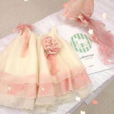 Η μικρή Ελένη ενθουσιάστηκε με το βαπτιστικό ρούχο που διάλεξε η νονά της! Girls Dresses, Flower Girl Dresses, Tulle, Wedding Dresses, Skirts, Fashion, Dresses Of Girls, Bride Dresses, Moda