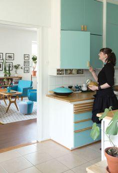 Living In Amsterdam, Vintage Architecture, Interior Design, Interior Ideas, Dining Room, Mid Century, Retro, House, Furniture