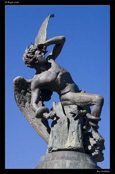 "Estatua ""Angel Caido"" (Madrid, Spain)"