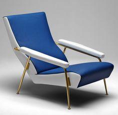 Armchair designed by Gio Ponti in 1953. Courtesy of Molteni & C - Vivere alla Ponti { Living Ponti-style } | Yatzer