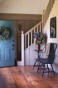 Stunning Colonial Farmhouse Designs that Will Inspire you to Copy Stunning Colonial Farmhouse Design Farmhouse Design, Farmhouse Style, Farmhouse Interior, American Farmhouse, Rustic Farmhouse, Farmhouse Flooring, American Kitchen, Farmhouse Homes, Decoration Entree