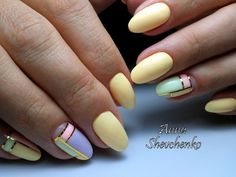 Adorable yellow manicure photos, designs, ideas and new items Mani Pedi, Nail Manicure, Pedicure, Nail Polish, Lux Nails, Yellow Nails, Fabulous Nails, Flower Nails, Nail Inspo