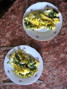 Bärlauchomlett Palak Paneer, Cooking, Ethnic Recipes, Food, Omelette, Peach, Chef Recipes, Food Food, Kochen