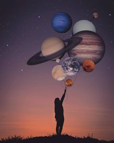 All the planets as balloons? That sounds like something right up my alley as a digital artist. I love using science fiction and different planets in my digital art. Wallpaper Space, Galaxy Wallpaper, Wallpaper Backgrounds, Psychedelic Art, Planet Tattoo, Moon Art, Sky Moon, Surreal Art, Belle Photo