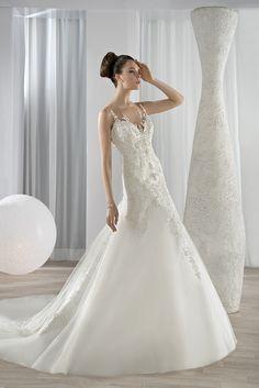 Νυφικά Φορέματα Demetrios Collection - Style 629