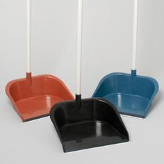 """Dust Pan with Pole & Rubber Lip - 29"""" - 40 - Units"""
