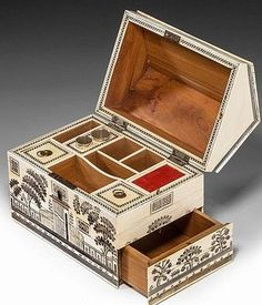 RARE LATE 18TH CENTURY VIZAGAPATAM IVORY SEWING BOX IN THE FORM OF A COLONIAL HOUSE.