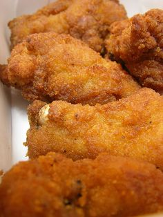 Haitian Fried Chicken RECIPE      http://haitian-recipes.com/recipes/213_fried-chicken.html