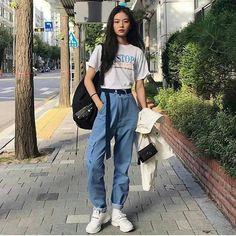 Korean Street Fashion - Life Is Fun Silo Korean Girl Fashion, Korean Fashion Trends, Asian Fashion, Look Fashion, Korea Fashion, Korean Street Fashion Summer, Ulzzang Fashion Summer, Korean Fashion School, Korean Fashion Casual