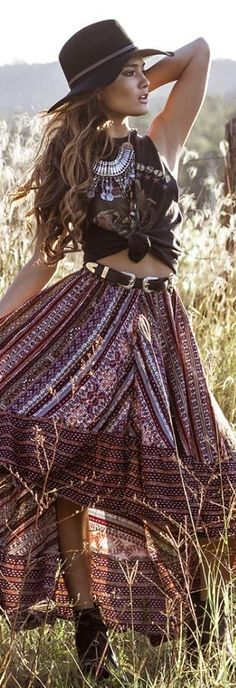 ╰☆╮Boho chic bohemian boho style hippy hippie chic bohème vibe gypsy fashion indie folk the 70s . ╰☆╮#bohostyle #bohofashion