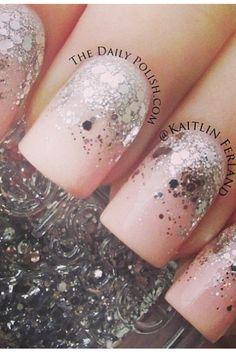 Confetti™long wearing nail color 043 HEARTTHROB / TIP TOE nail polish