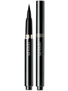 Beau Nelson recommends Kanebo Sensai Liquid Eyeliner in Black which he used on Kristen Stewart.