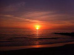 Lido Beach Resort (Sarasota, FL) - ResortsandLodges.com #travel #vacation #beach