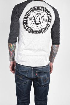 Seal of Minds 3/4 Sleeve Henley - Men