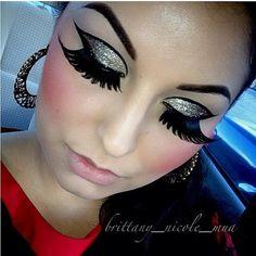 is working her Sugarpill Supreme false eyelashes over a dramatic Lit Cosmetics glitter winged eye. Kiss Makeup, Love Makeup, Beauty Makeup, Makeup Looks, Hair Makeup, Hair Beauty, Makeup Ideas, Beauty Art, Orange Eyeshadow