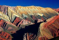Colors in the rock, Quebrada de Humahuaca, Jujuy, Argentina - photo from Taringa