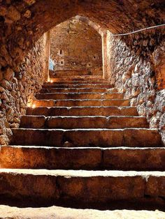 Broad medieval stairway with a a low ceiling, heavily aged but still in good shape. Somewhere in France, probably from a castle. Old Buildings, Abandoned Buildings, Abandoned Places, Medieval Life, Medieval Castle, Take The Stairs, Stairway To Heaven, Middle Ages, Architecture