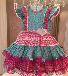Mais uma mamãe que já garantiu o vestido junino pra sua princesa!!! Vestidos personalizados e sob medida!!! Enviamos para todo Brasil e exterior!!! Contato somente pelo tel ou whatsapp (84)98703-8006