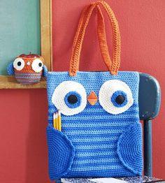 Visto aquí: http://www.crochettoday.com/crochet-patterns/book-bag-apple-cozy/