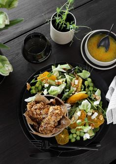 ALMOND CRUSTED CHICKEN AND SPRING SALAD