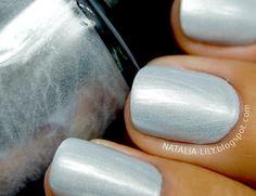 natalia-lily: Beauty Blog: Lakier do paznokcie CHROM błękitny nr 02 - Efekt lustra na paznokciach (Allepaznokcie.pl)