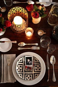 Thanksgiving Place Setting Idea: Use a Polaroid Snapshot! — Dining Inspiration #anthropologie #pintowin #Friendsgiving