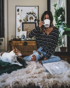 "6,419 Likes, 45 Comments - Audrie Storme (@audriestorme) on Instagram: ""Mondaze ☕✌ - posted a new YT video late last night & this is my mood // Everything cozy in this…"""