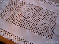 Japanese Gift Wrapping, Japanese Gifts, Drawn Thread, Thread Work, Crochet Placemats, Crochet Doilies, Filet Crochet, Hand Embroidery, Needlework