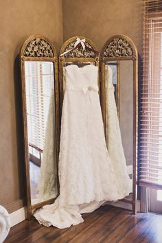 Our lovely client's had the classic Hollywood touches including Rentals and Styling: Madam Palooza  Venue: Lake Oak Meadows  Coordinator: Celebrations by Di & Co.  Photographer: April Smith Photography