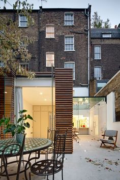 Duncan Terrace by DOS architects. Incredible rooftop terrace project in UK.